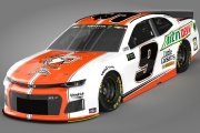 Chase Elliott #9 Little Caesars / Mtn Dew 2019 Base Only